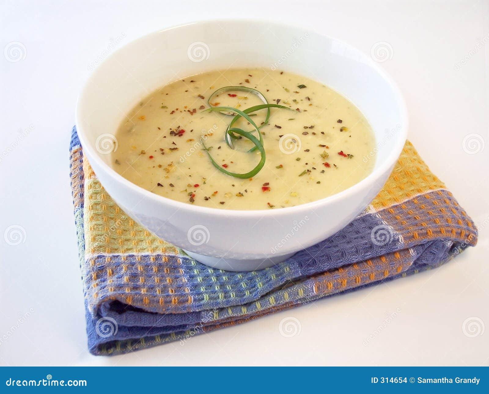 2 wycieku kremowa zupa