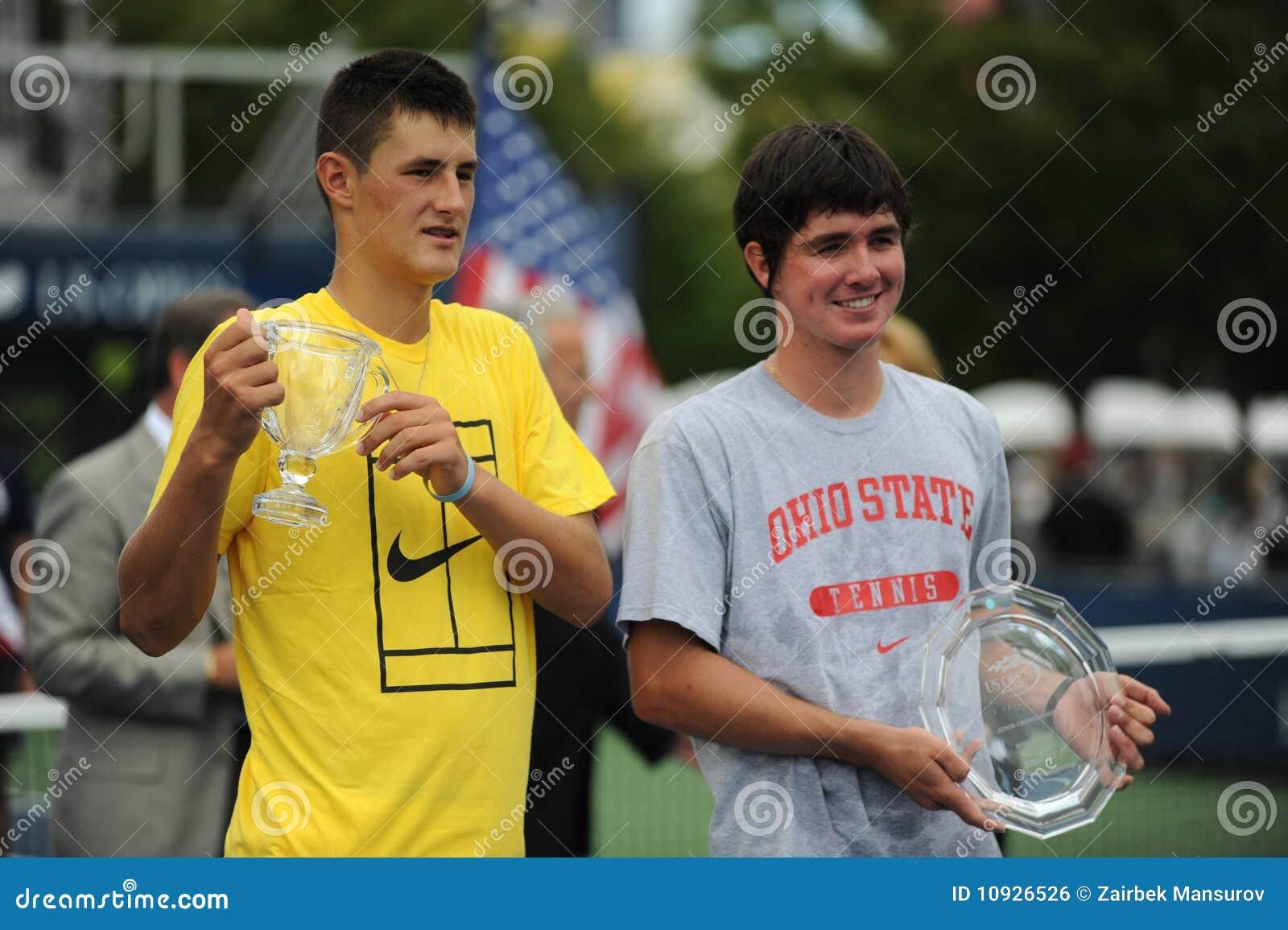 2009 buchanan младших раскрывают tomic нас победители