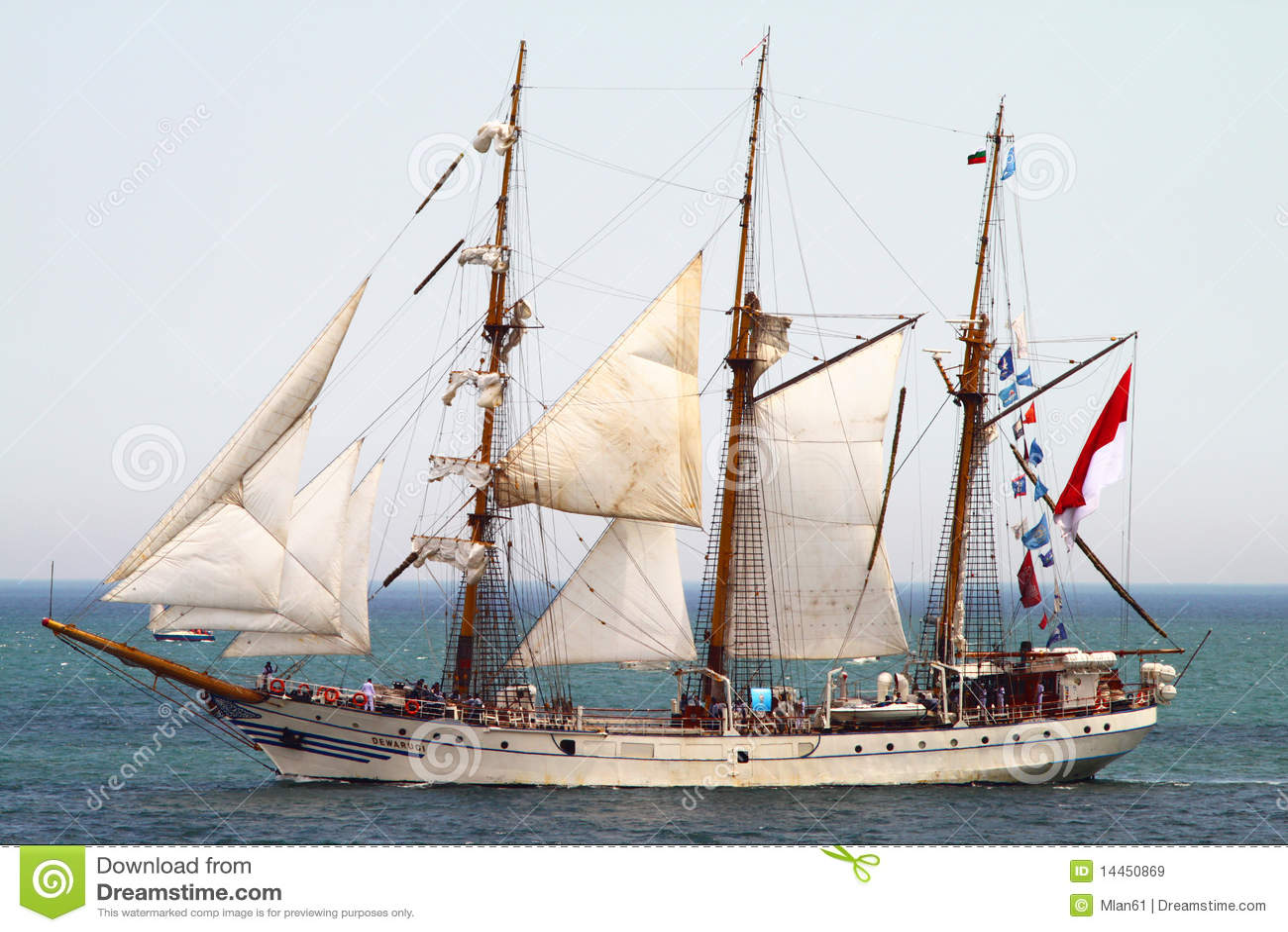 2010 dziejowych regatta morzy statków wysokich