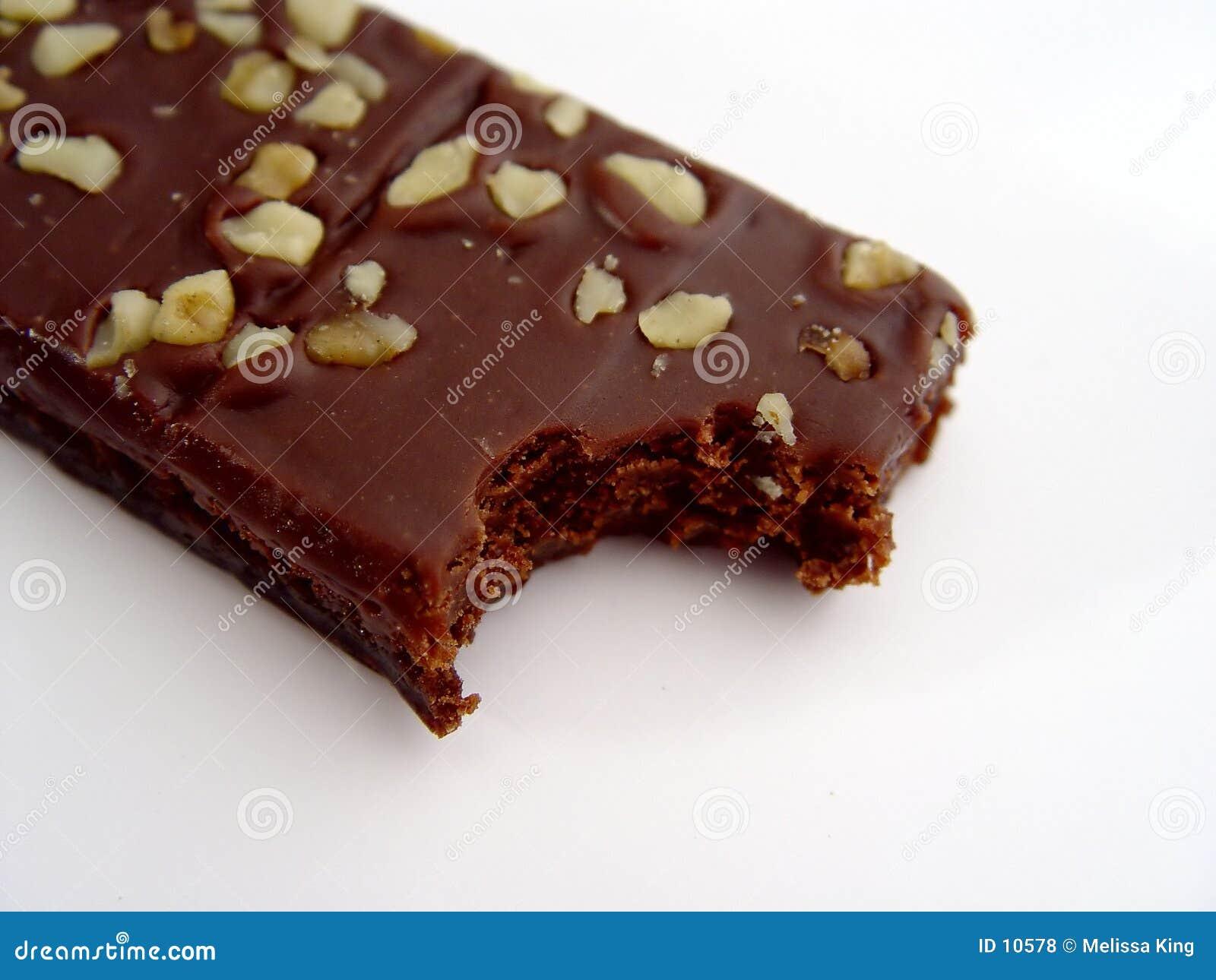 叮咬果仁巧克力