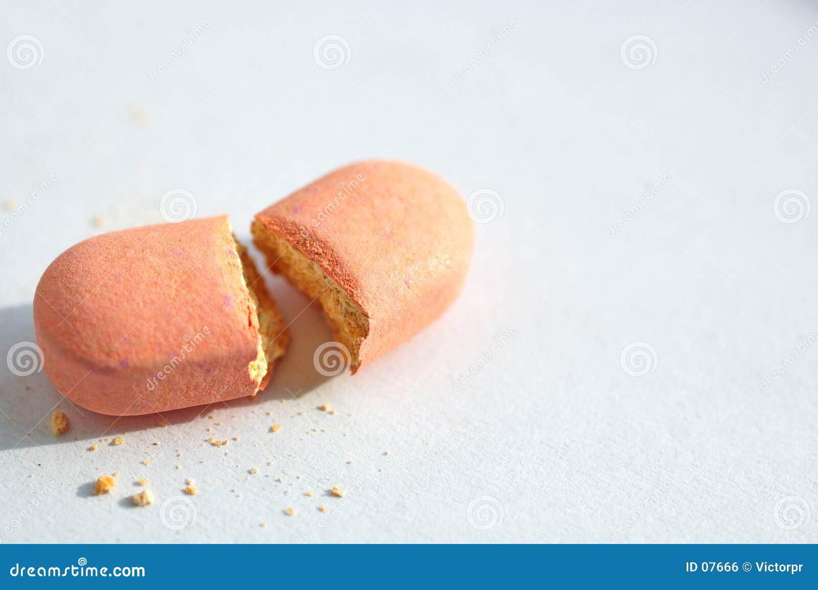 残破的药片