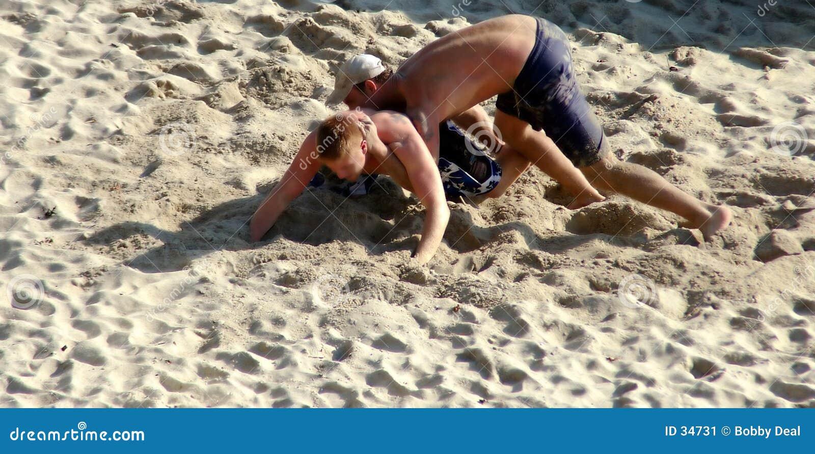 沙子摔跤手