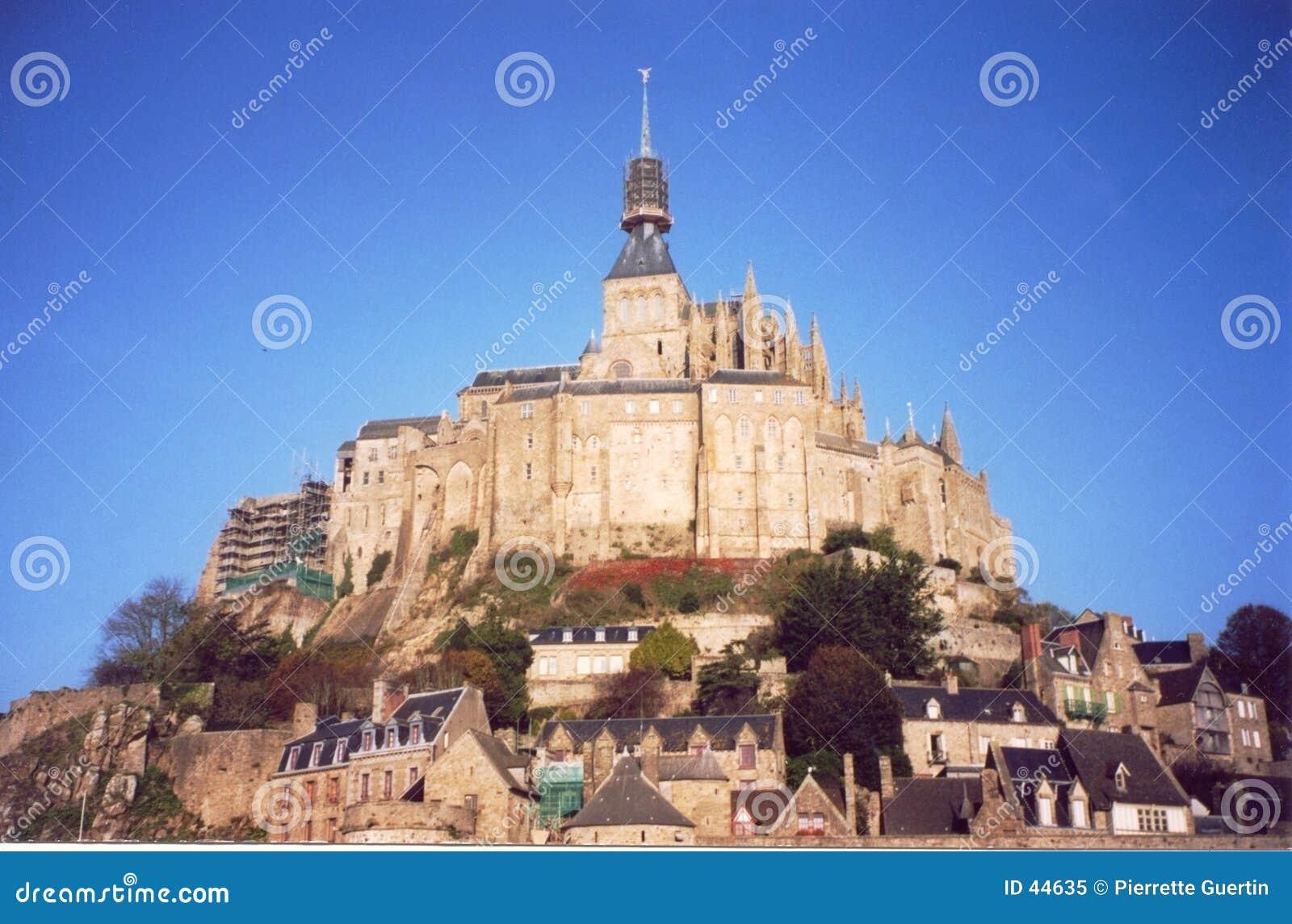 法国michel mont诺曼底圣徒