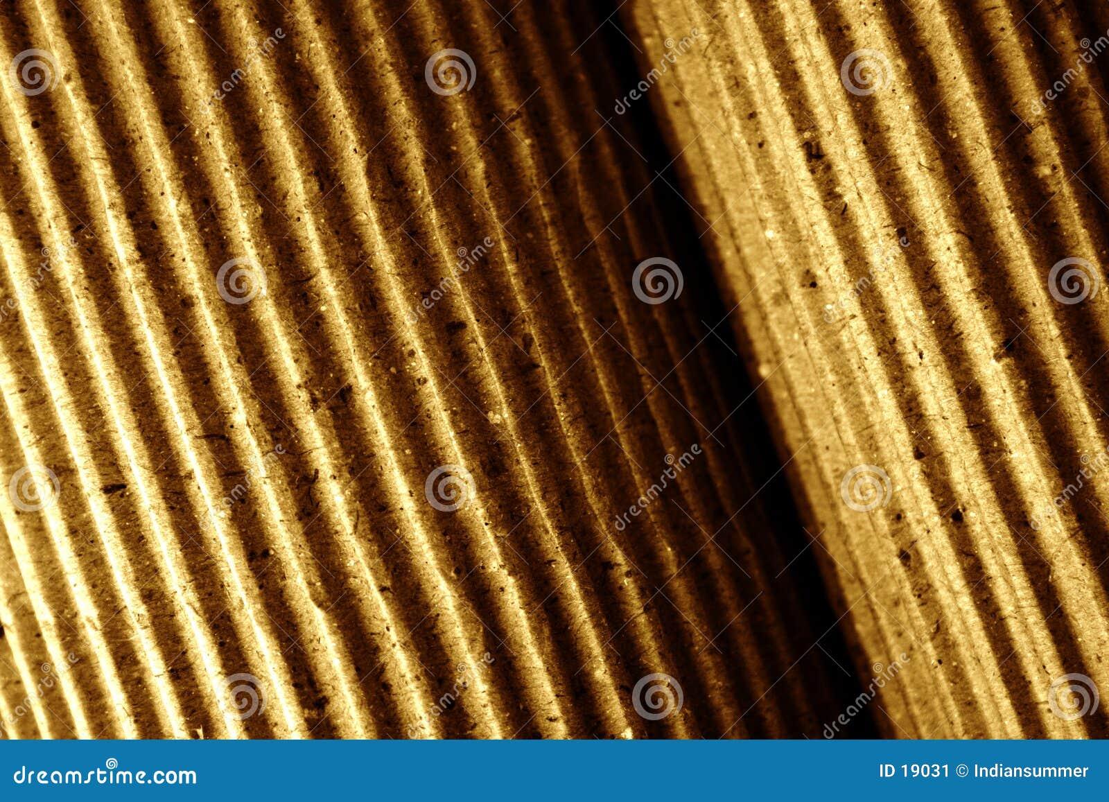 滚被定调子的接近的波状纸板