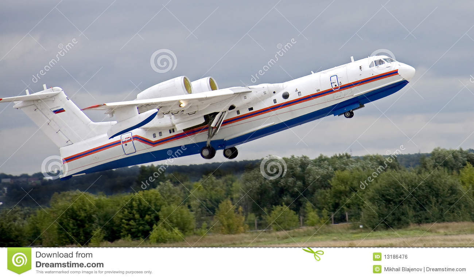 3 200 είναι αεροπλάνο