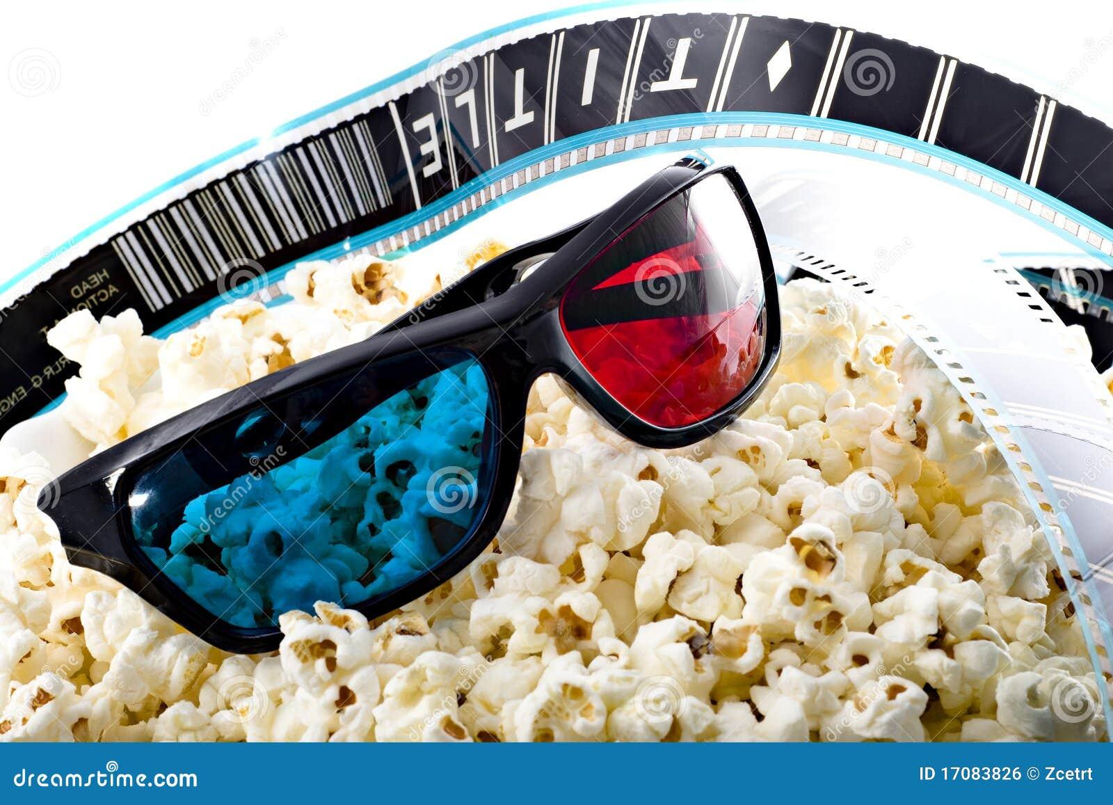 3-D Gläser auf Popcornhaufen mit Filmstreifen