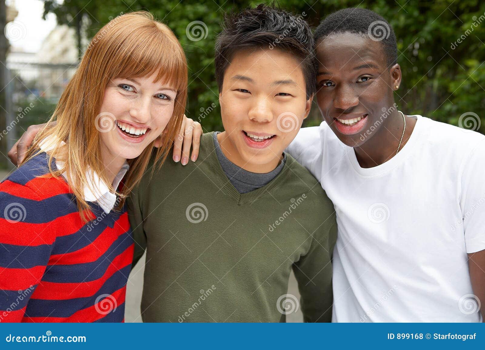 3 kultury razem