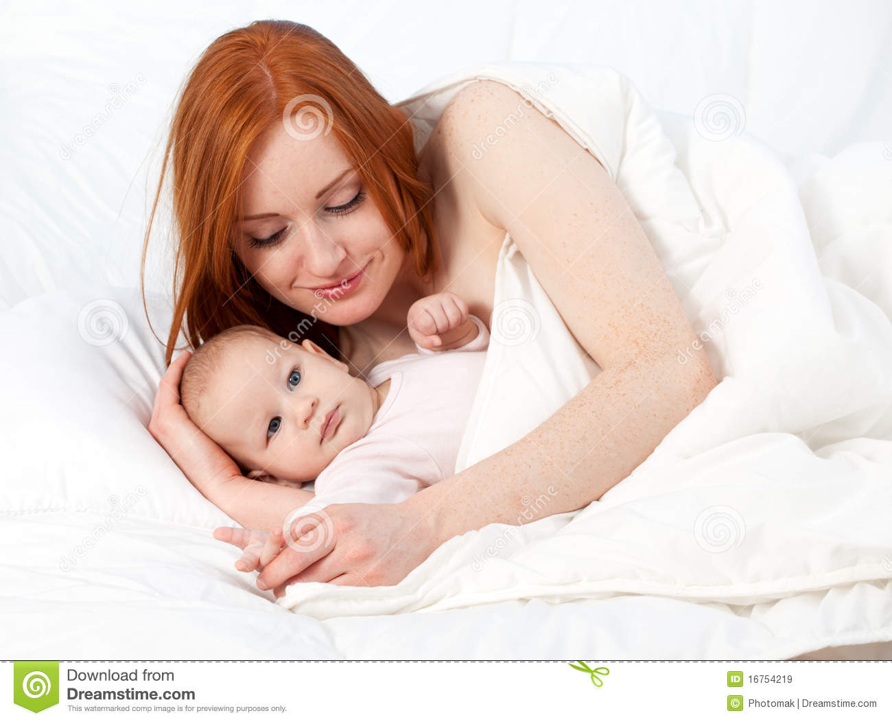 3 Months Baby Boy With Mother In Bed Stock Image Image Of Beauty