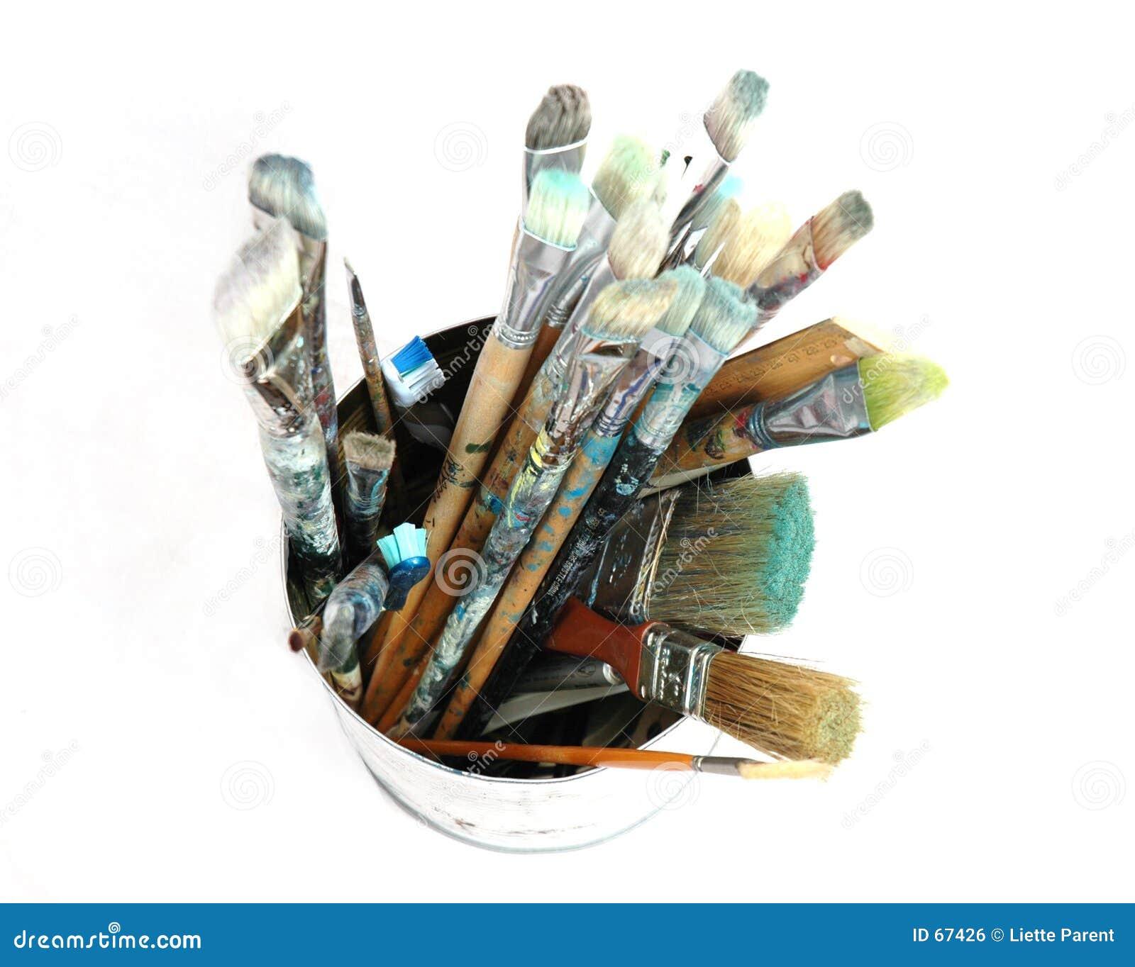 3 paintbrushes