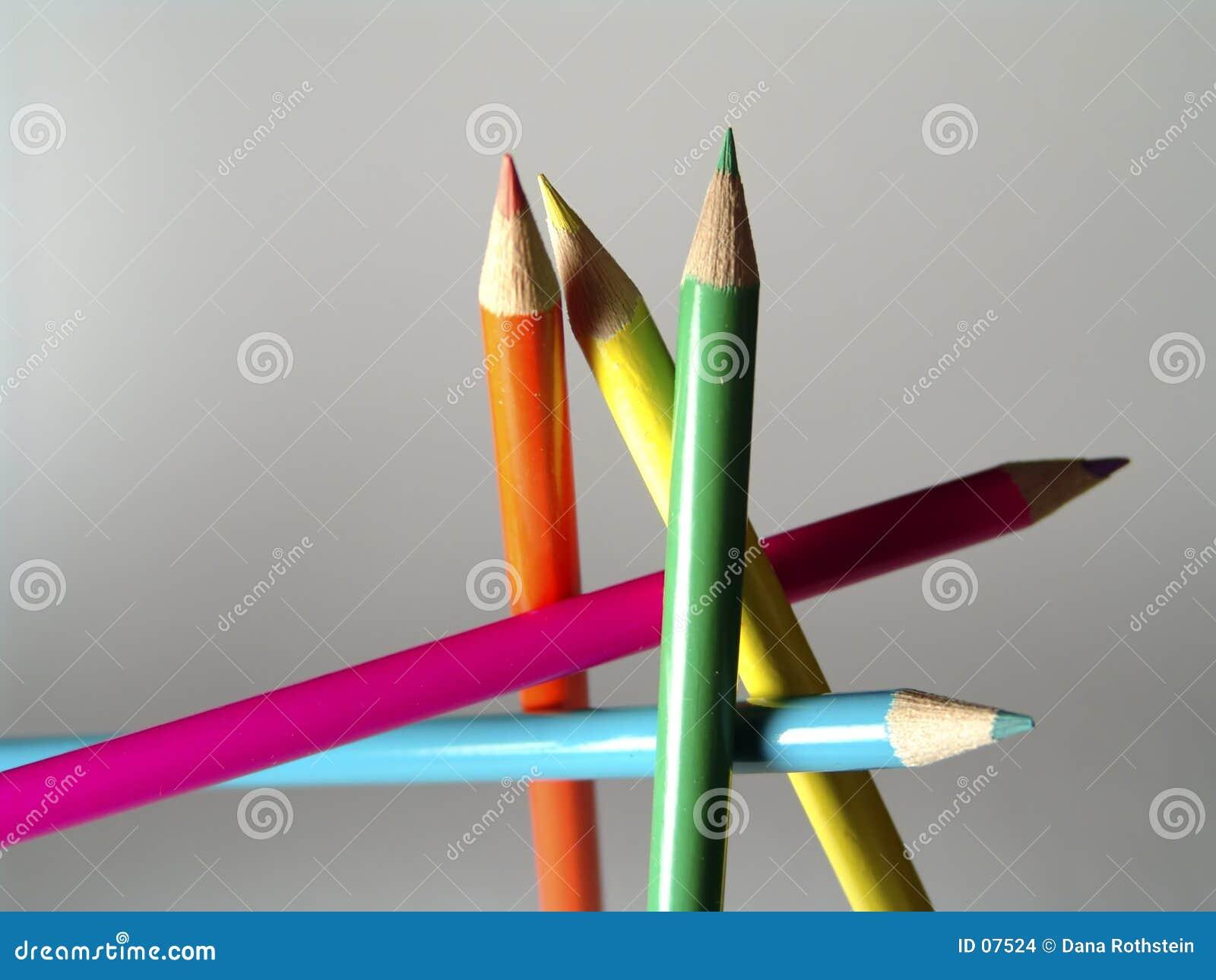 色的自由铅笔突出
