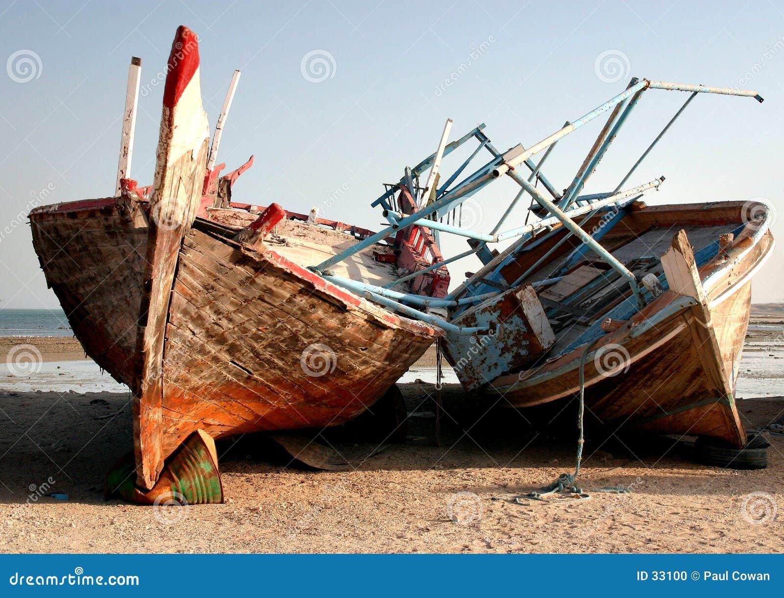 被放弃的单桅三角帆船