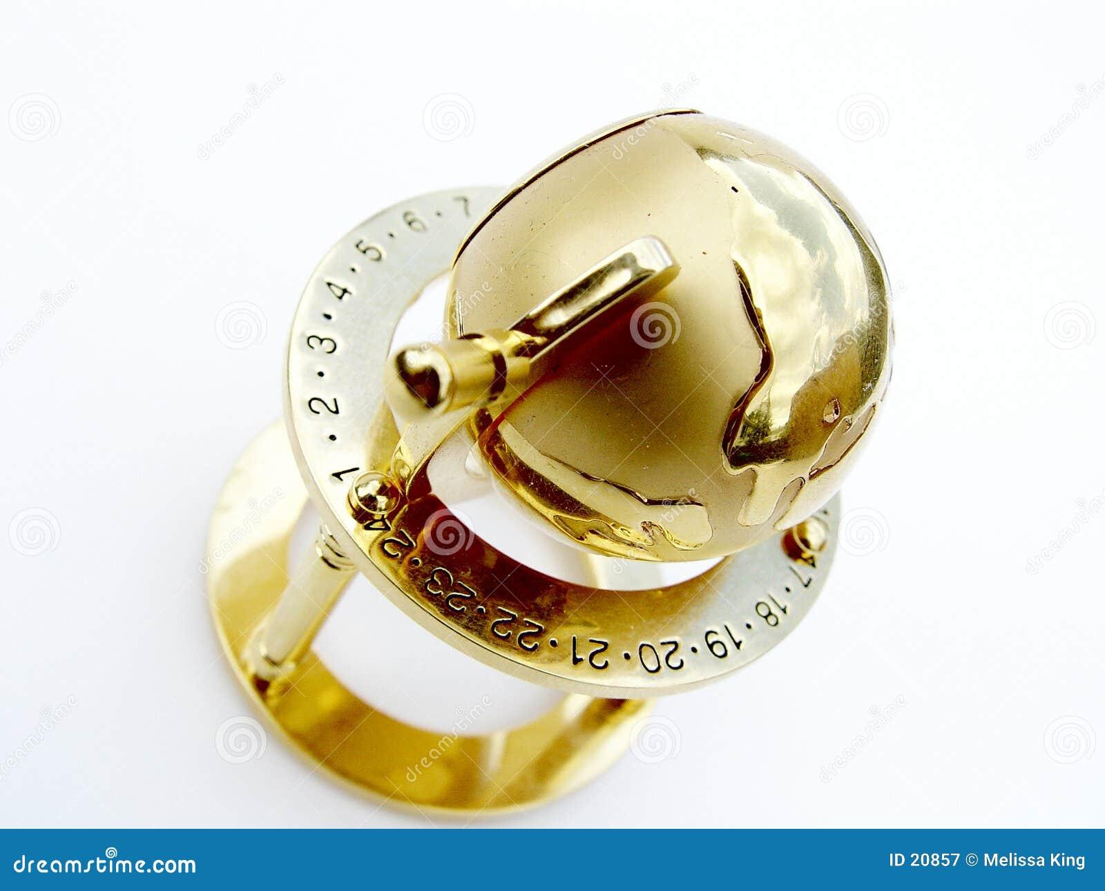 金黄的地球