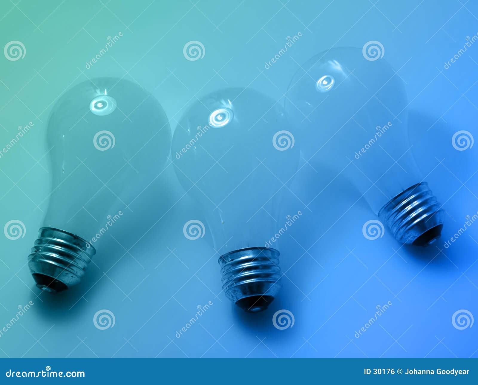 4个电灯泡