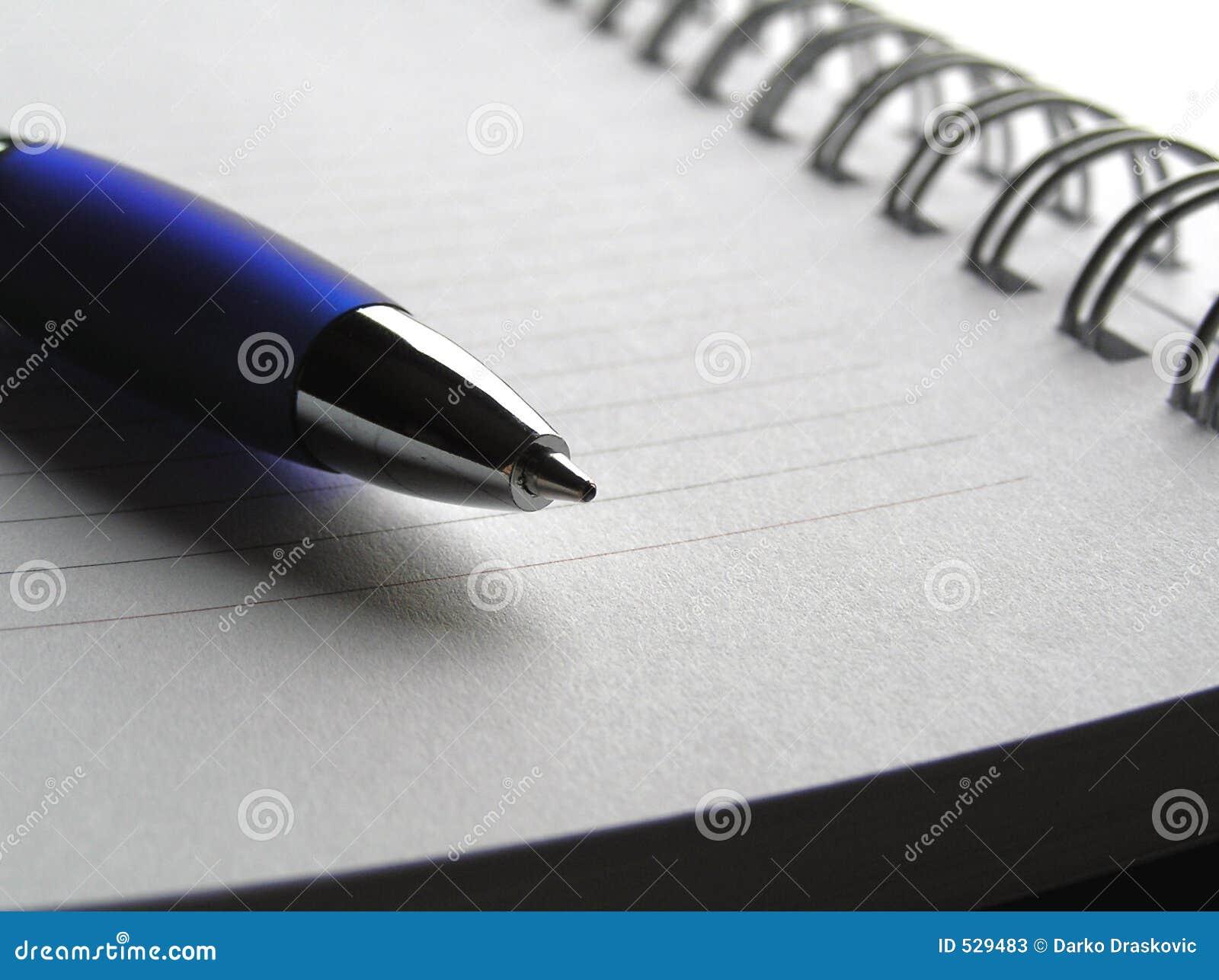 Download 4笔访笔 库存图片. 图片 包括有 附注, 钉书匠, 文字, 写道, 蓝色, 优秀, 日记帐, 了解, 文书工作 - 529483