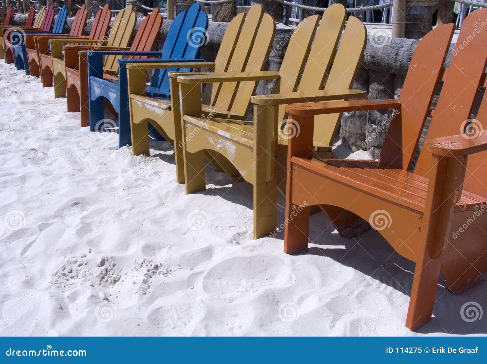 4 έδρες παραλιών