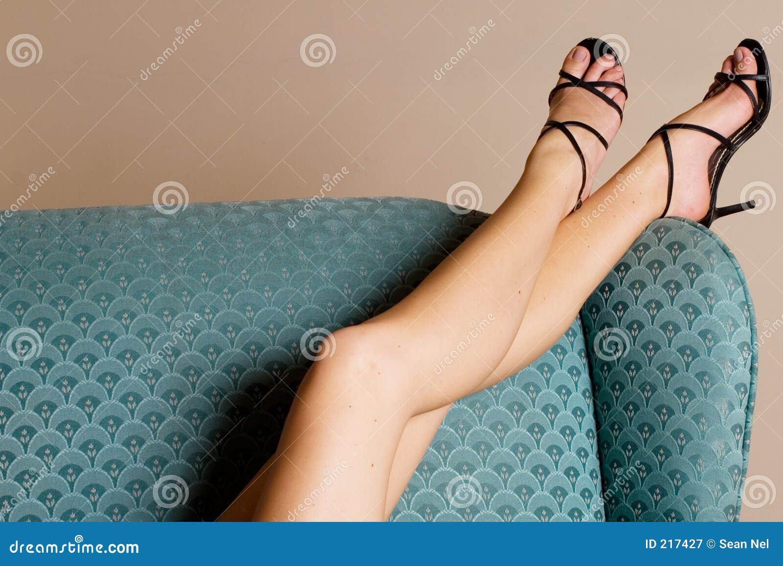4 πόδια