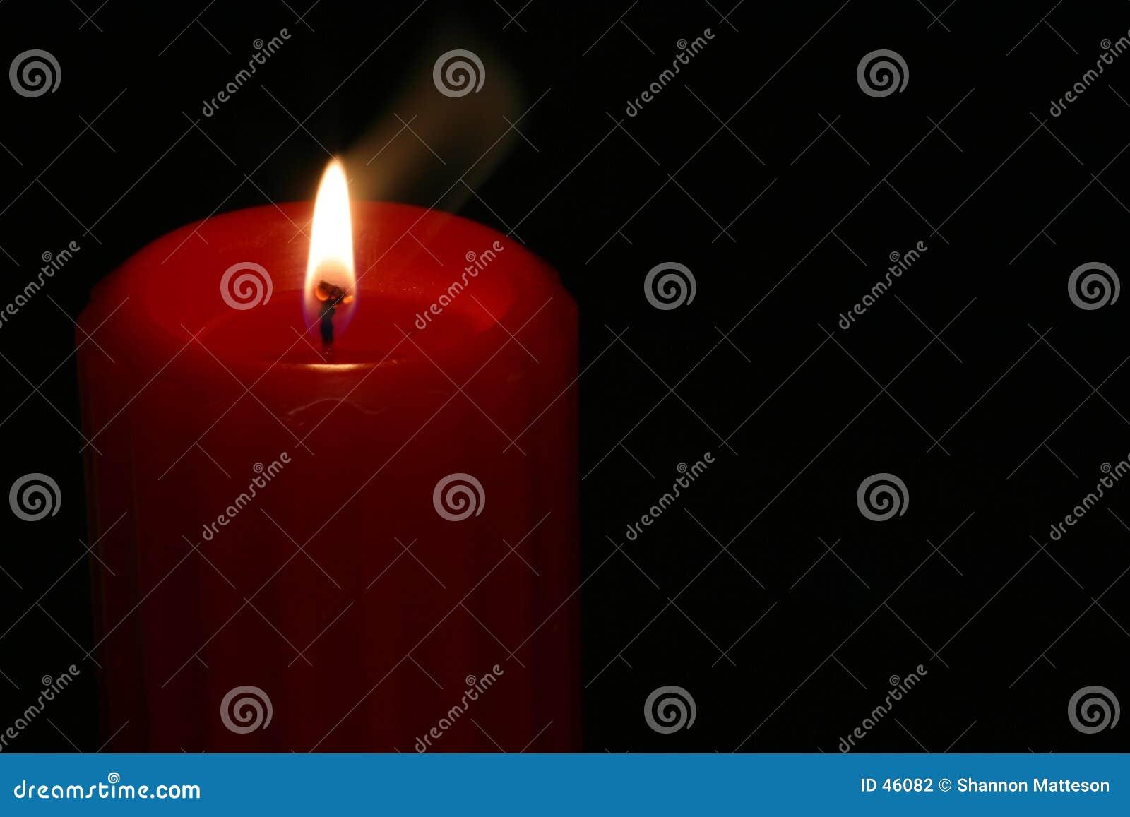 4个蜡烛红色