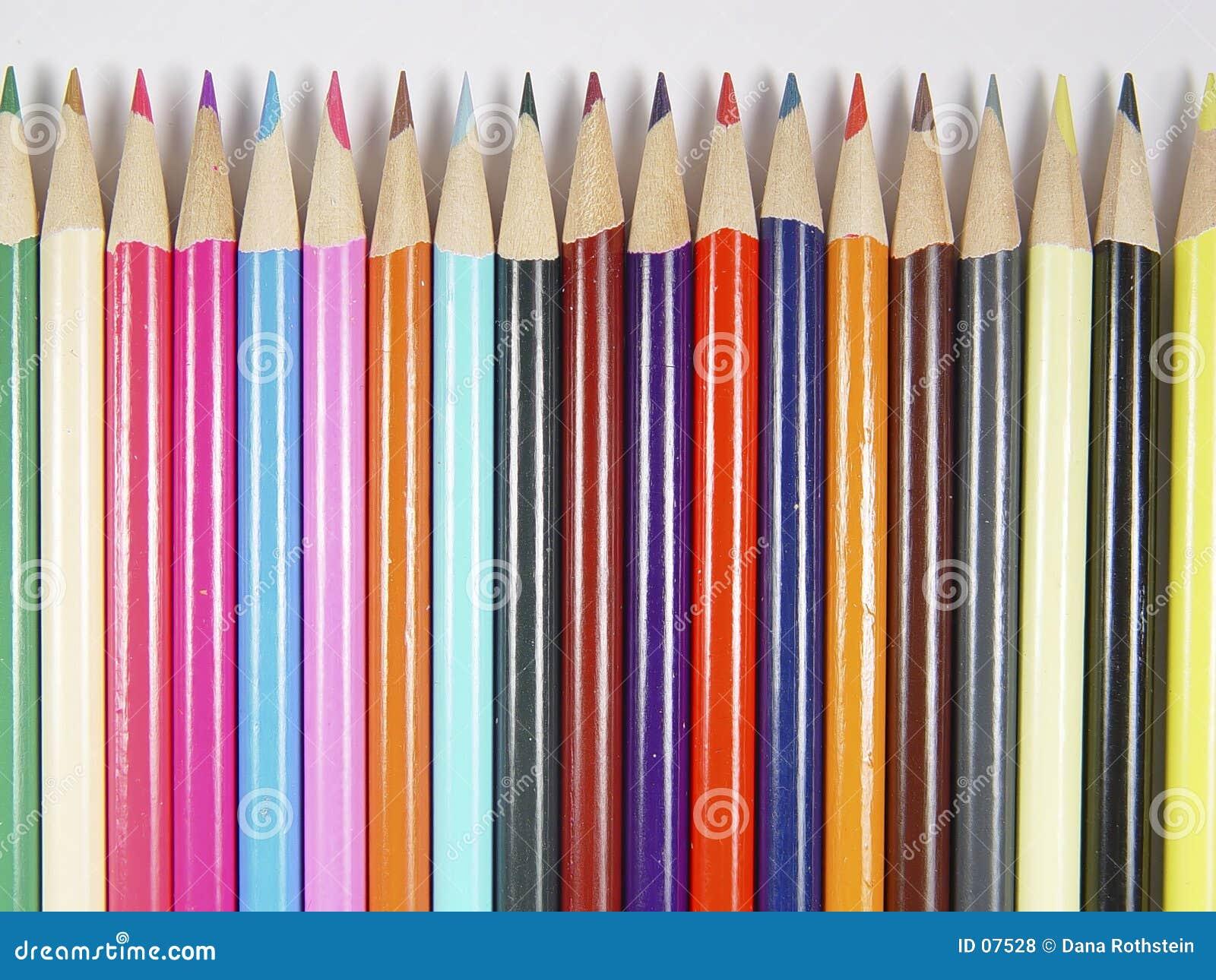 4支色的铅笔