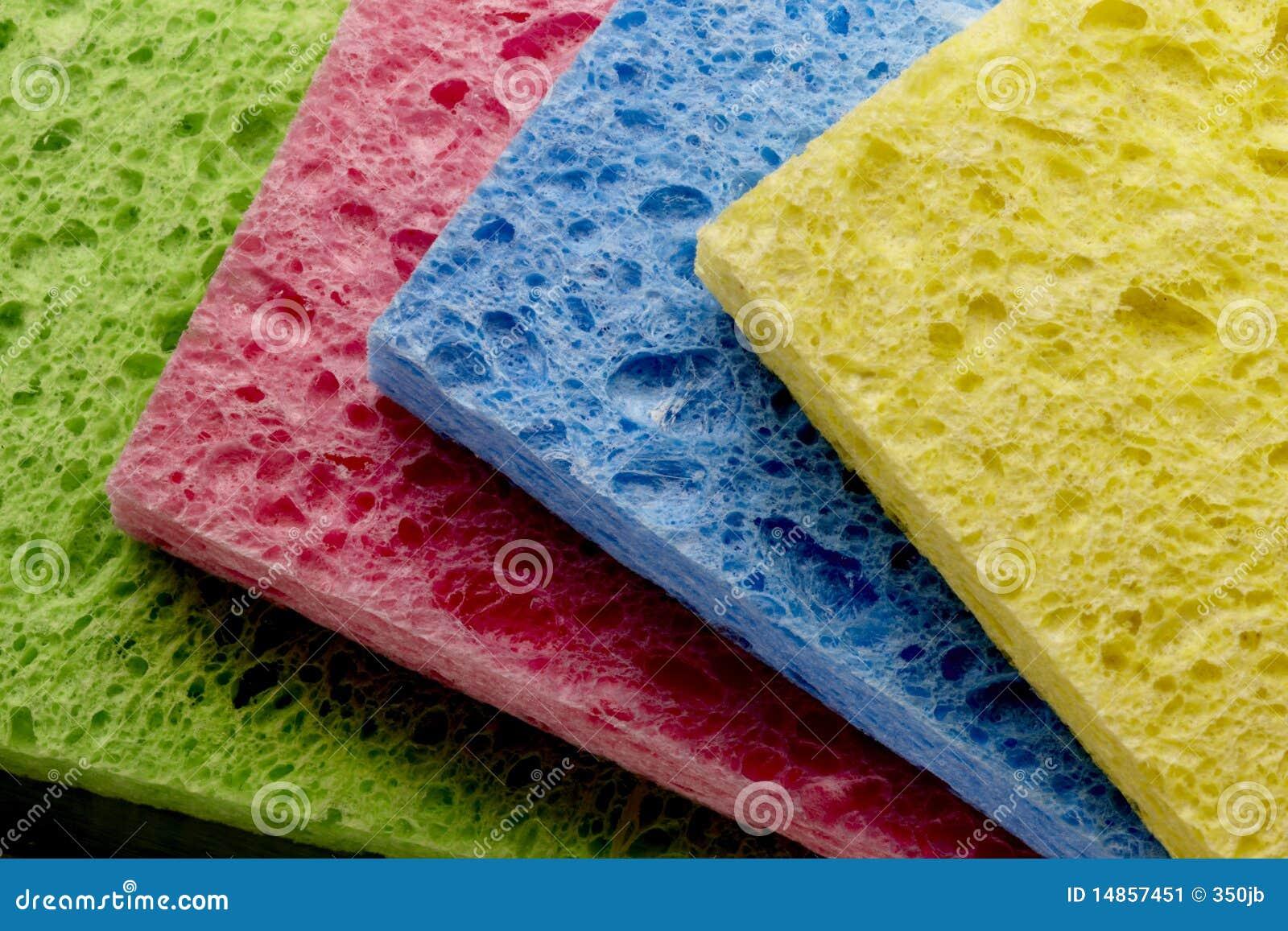 4 colorful sponges