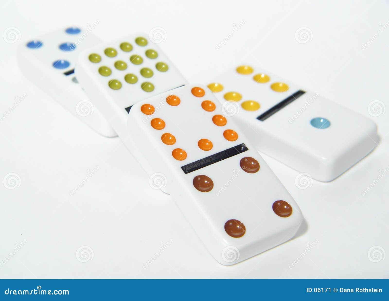 4 domino