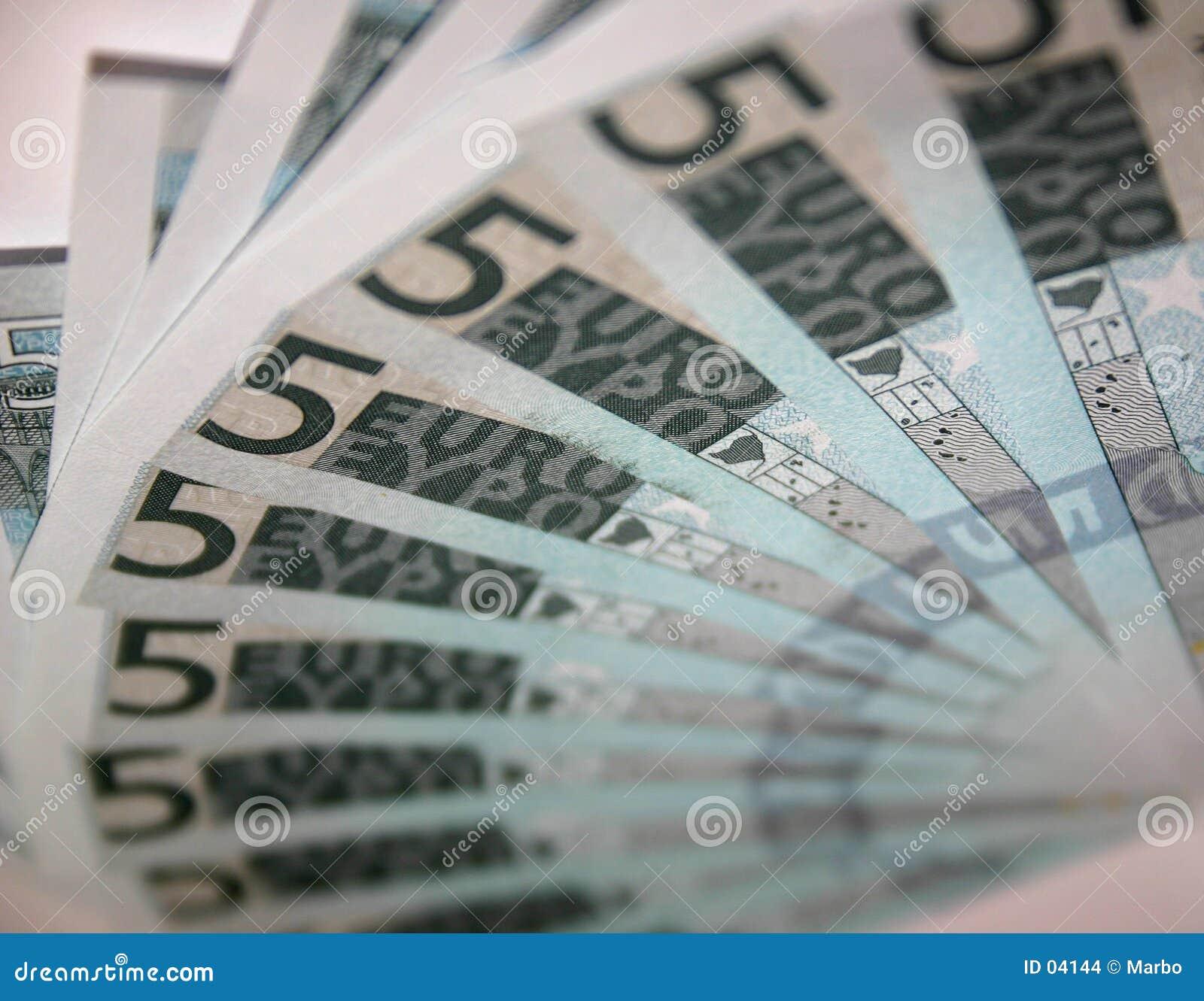 5 ευρώ