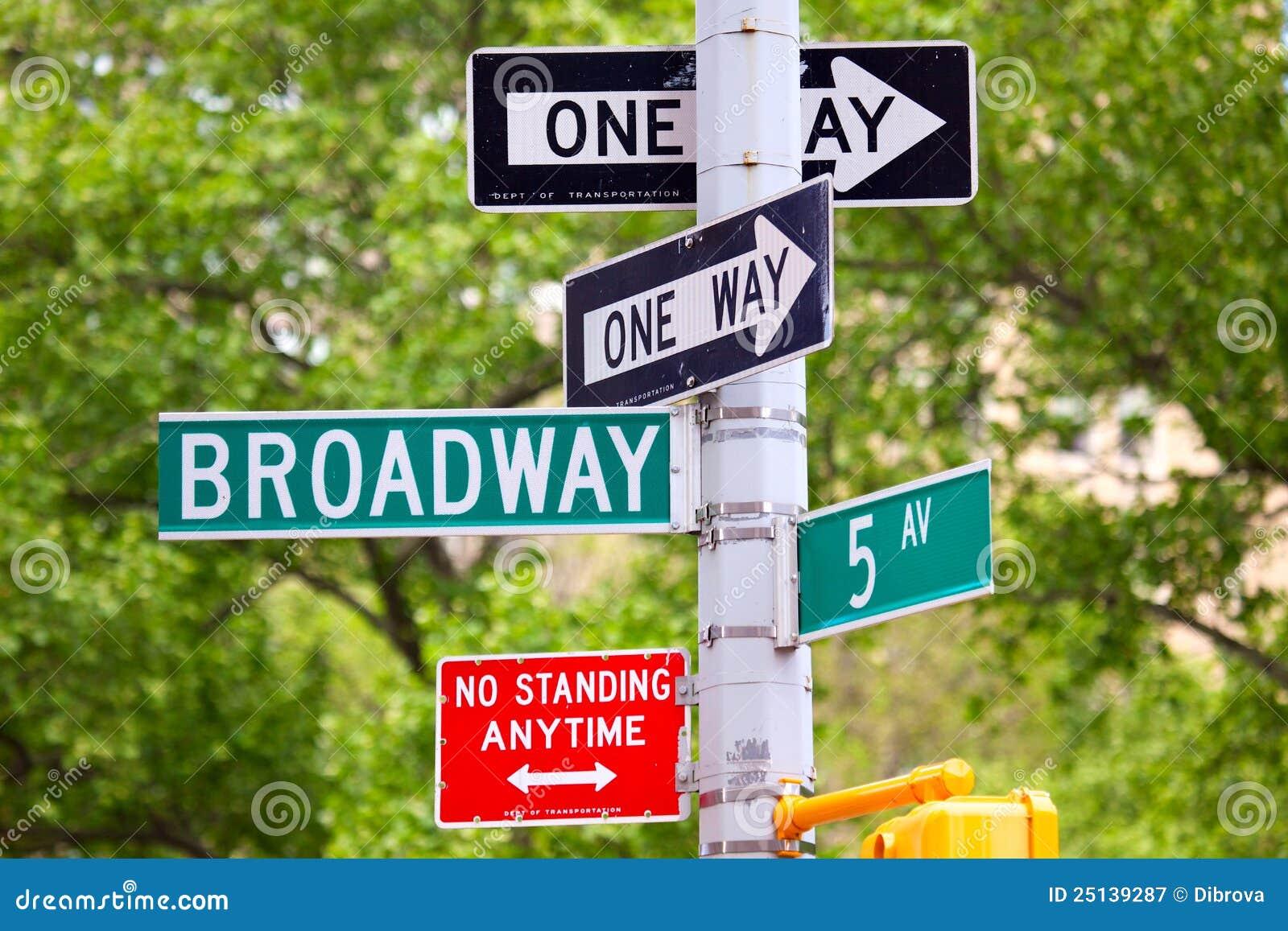 5-ый бульвар broadway одно подписывает путь улицы