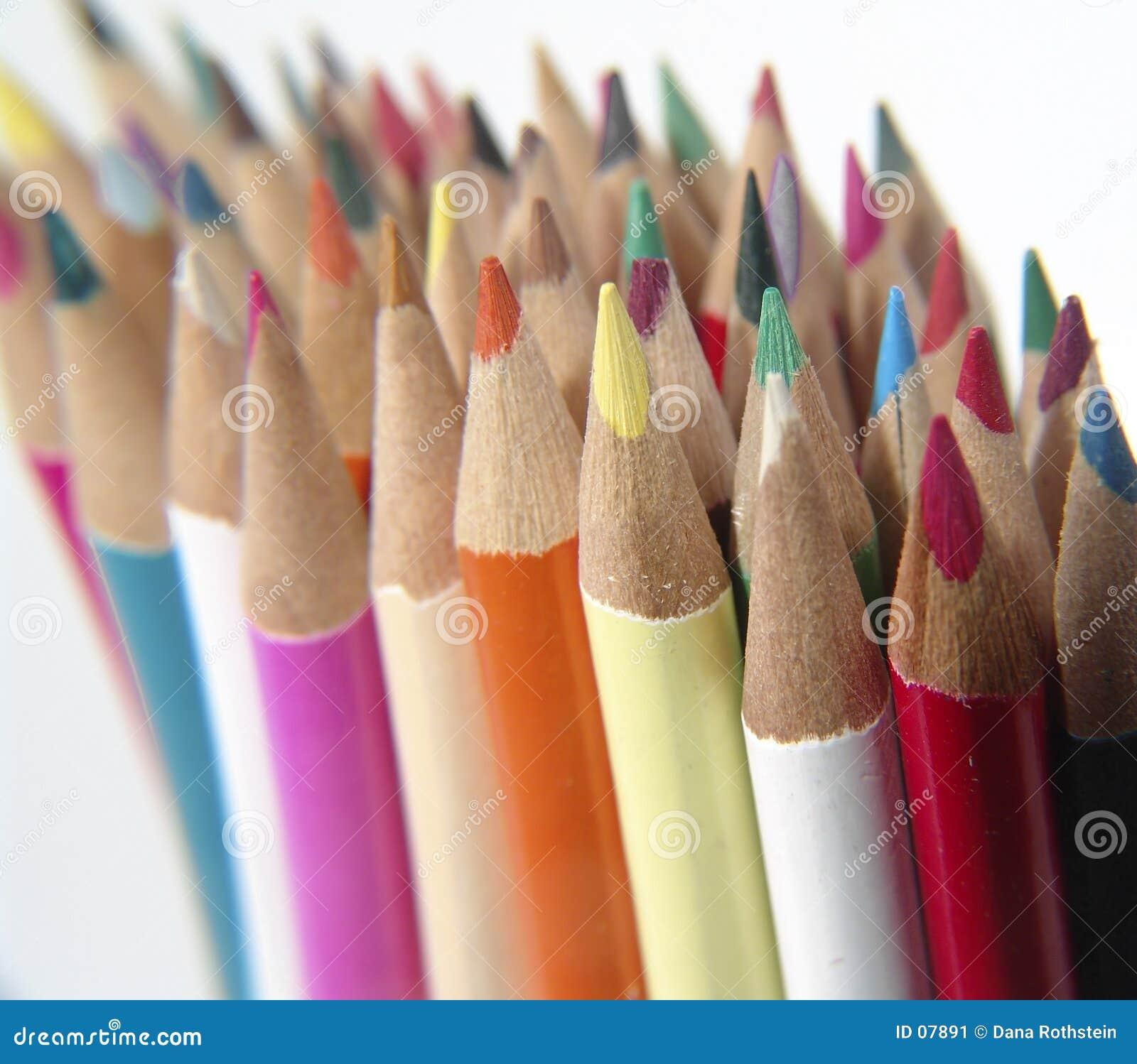 5 kulöra blyertspennor