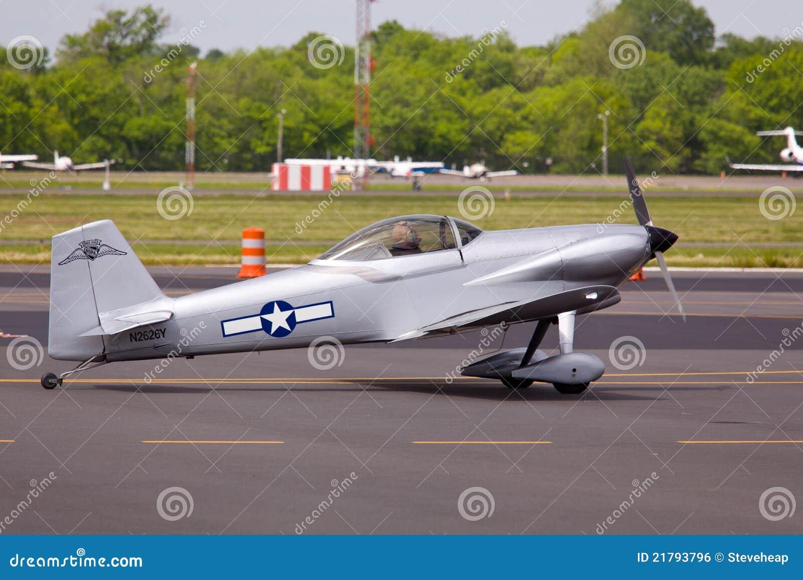 6 samolotu pas startowy teksańczyk