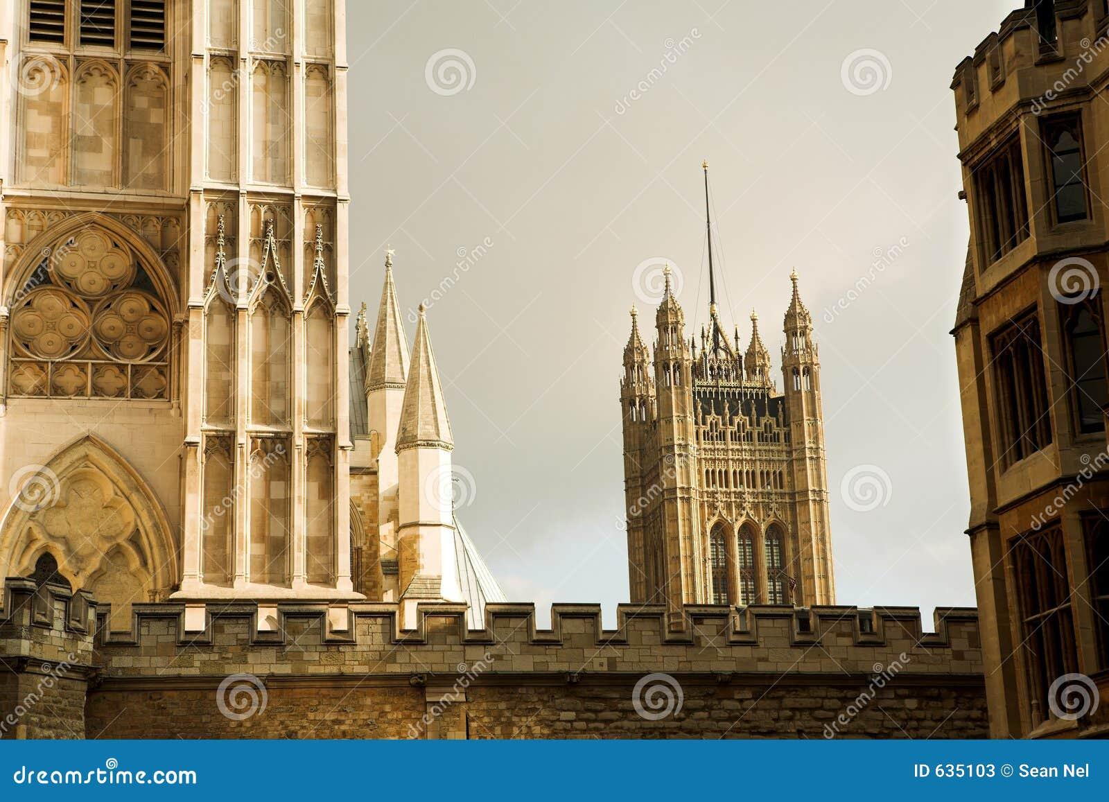 Download 60 london стоковое изображение. изображение насчитывающей зодчества - 635103