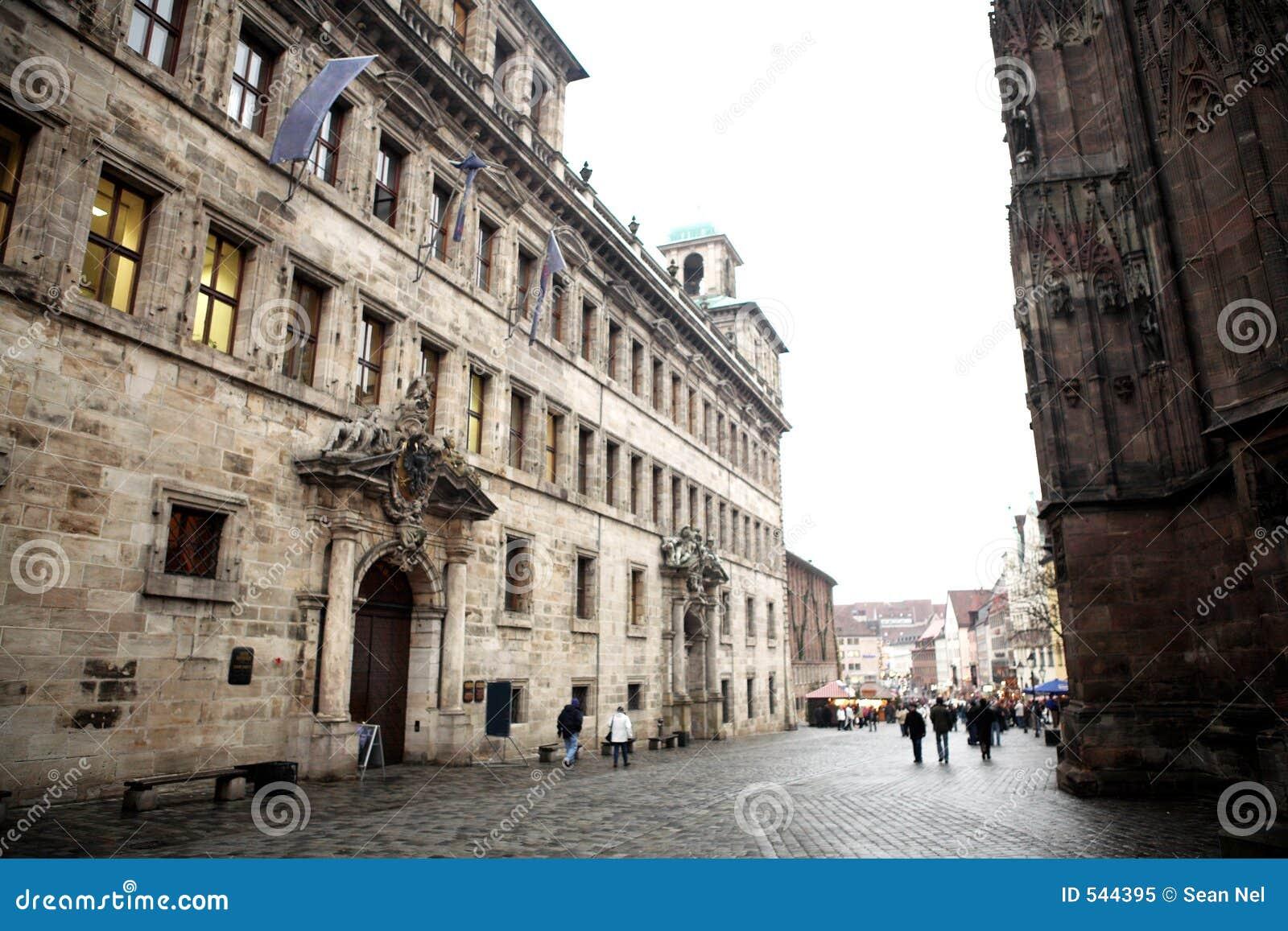 Download 61慕尼黑 库存图片. 图片 包括有 酿酒厂, 城市, browne, 路面, 德国, 有薄雾, 哥特式, 理事会 - 544395