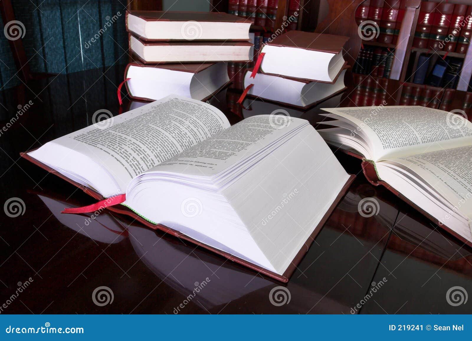 7 lagliga böcker