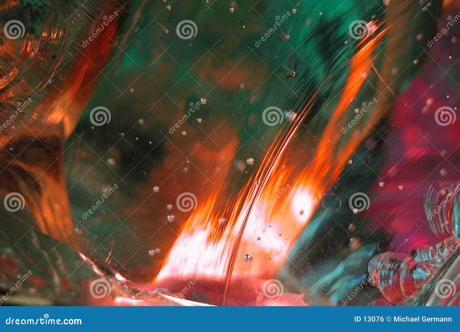 8抽象玻璃溶解