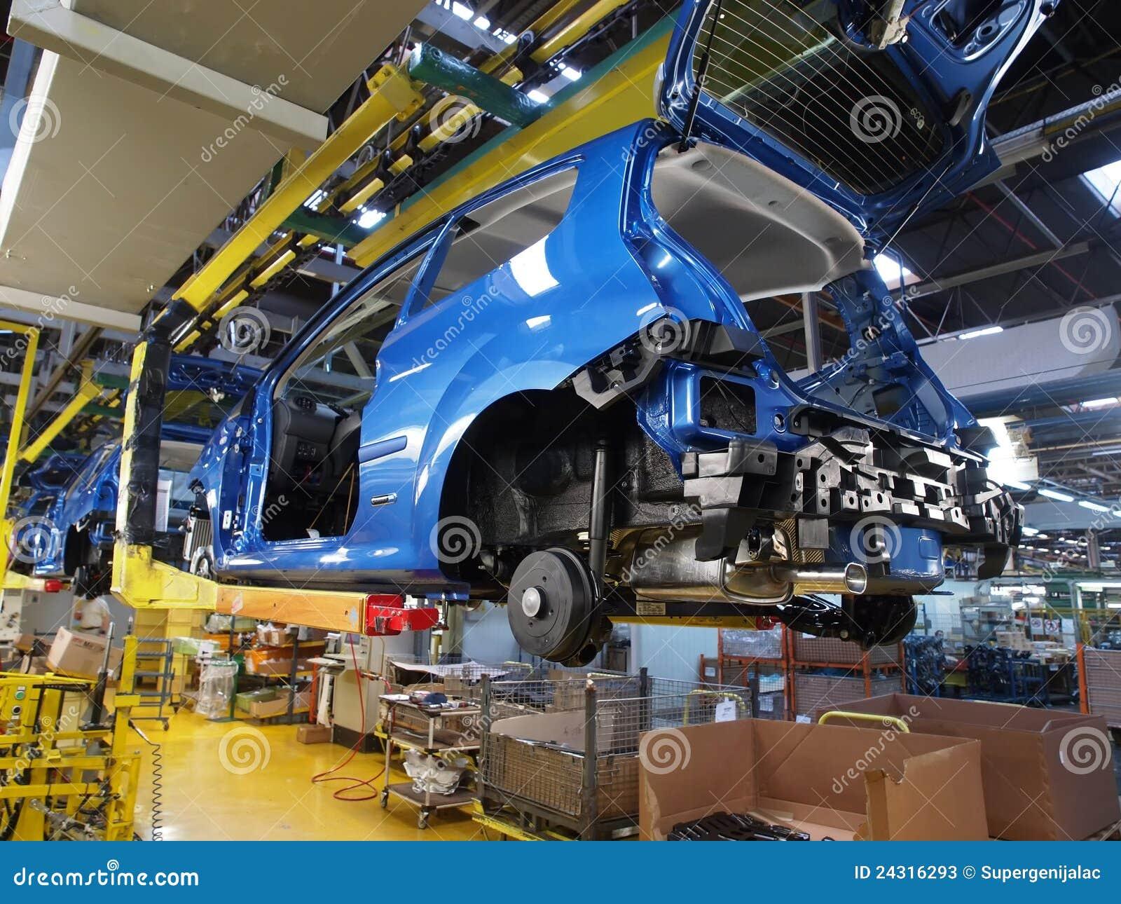 8 samochodów produkcja