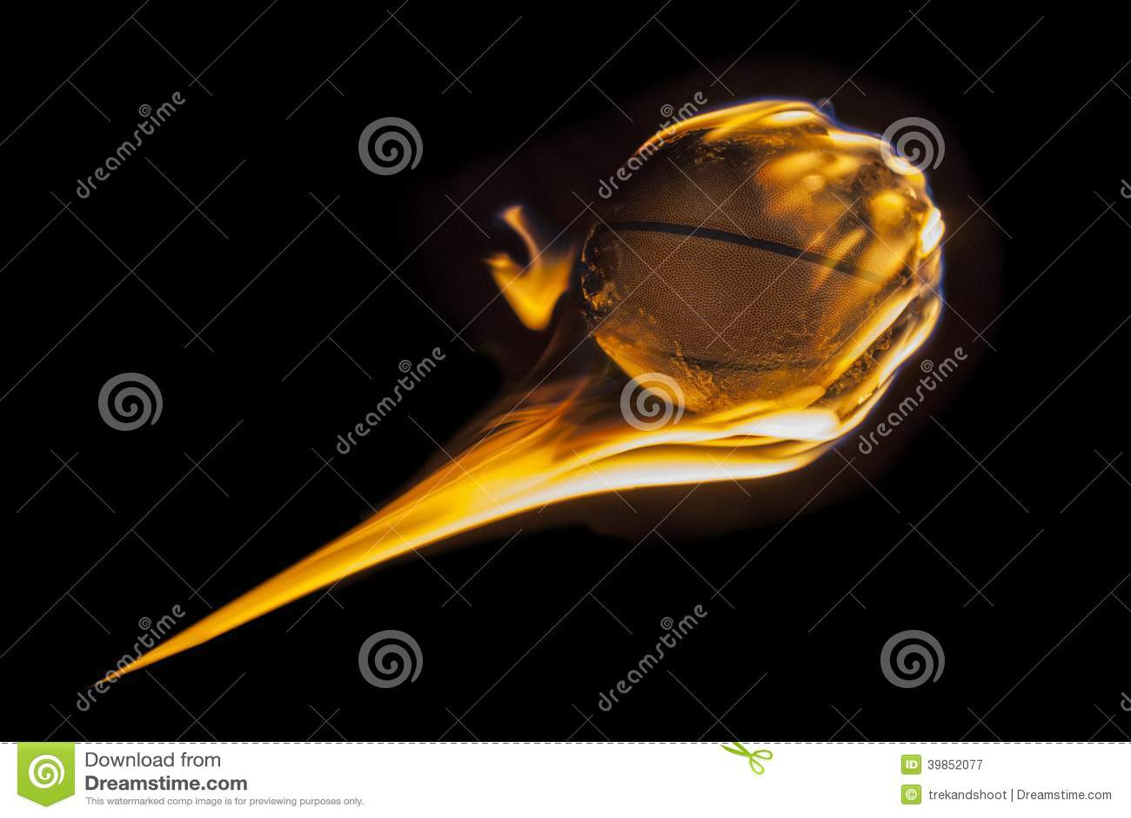Aérolithe flamboyant de basket-ball