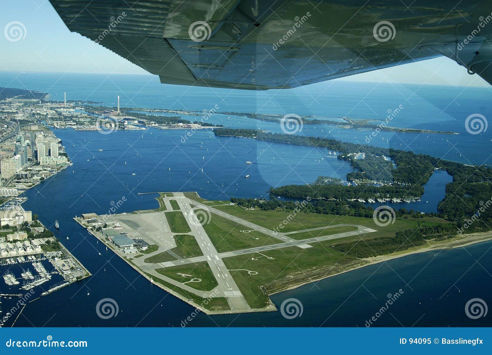 Aéroport d île