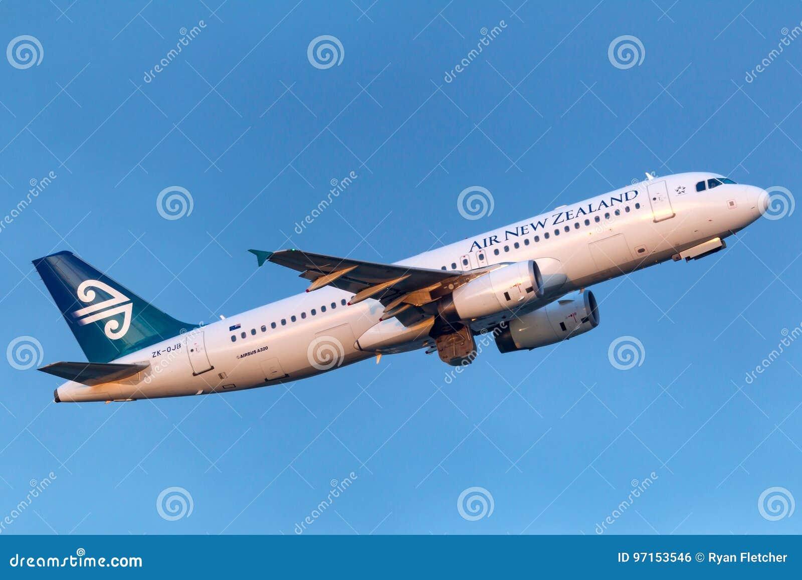 Aéroport international de départ d Air New Zealand Airbus A320-232 ZK-OJB Melbourne