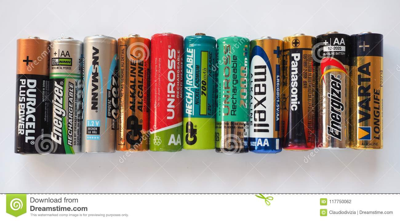 aa batteries of many different brands editorial photography image of double power 117750062. Black Bedroom Furniture Sets. Home Design Ideas