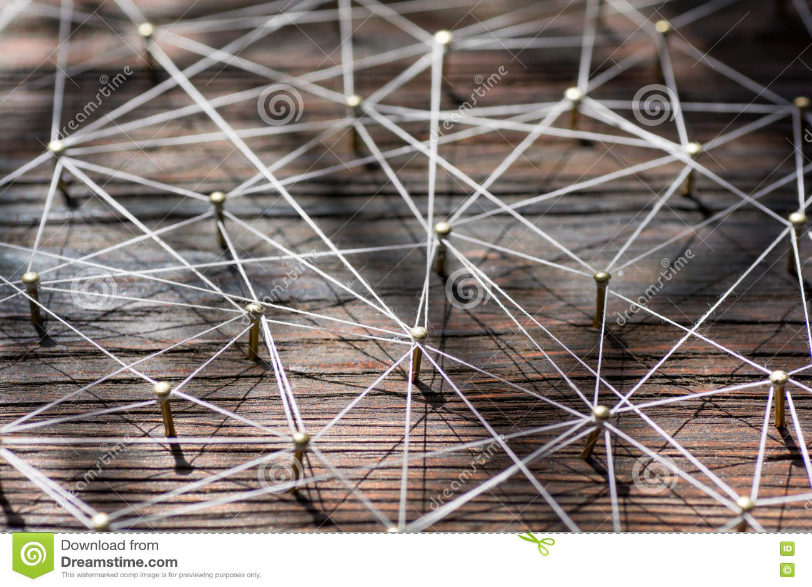 Aaneenschakelingsentiteiten Netwerk, voorzien van een netwerk, sociale media, Internet-communicatie samenvatting Klein verbonden