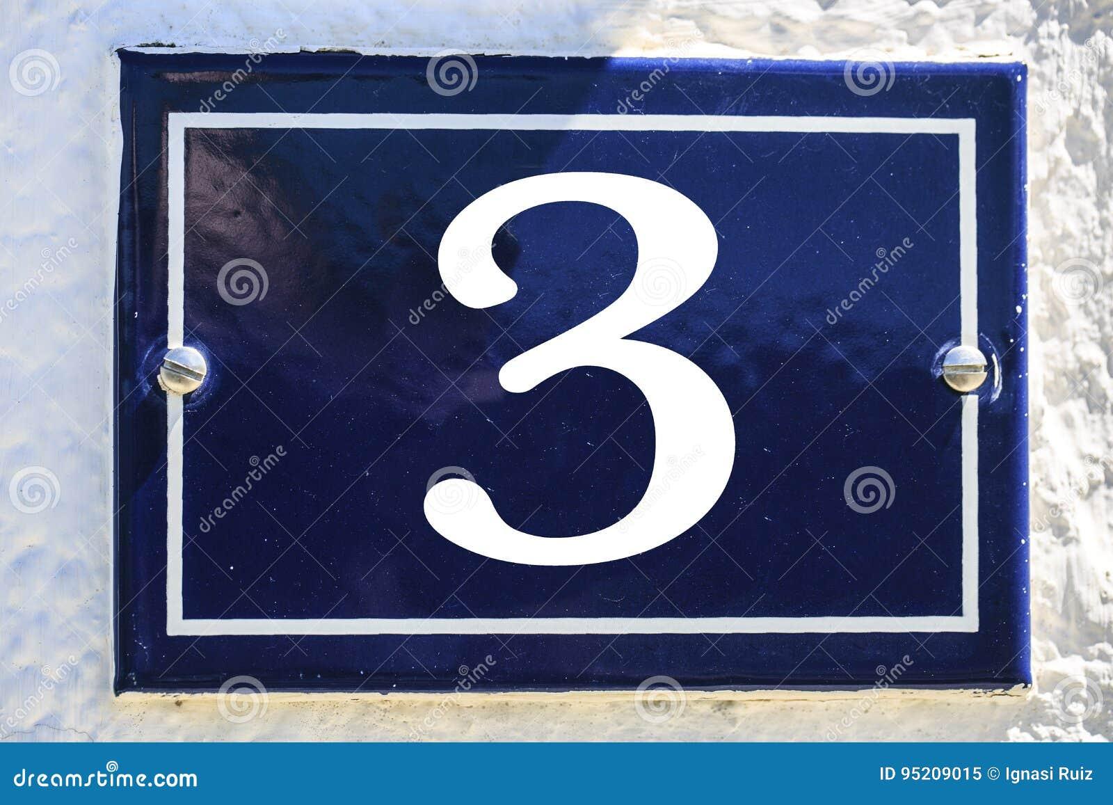 Aantal huis in blauwe kleur