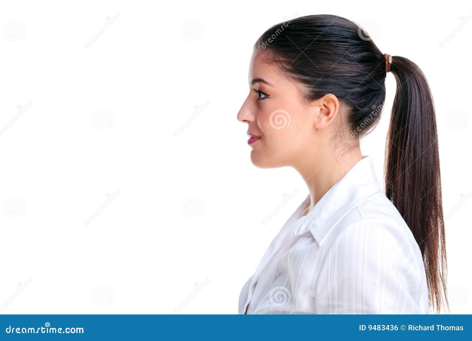 Aantrekkelijk donkerbruine vrouwen zijprofiel