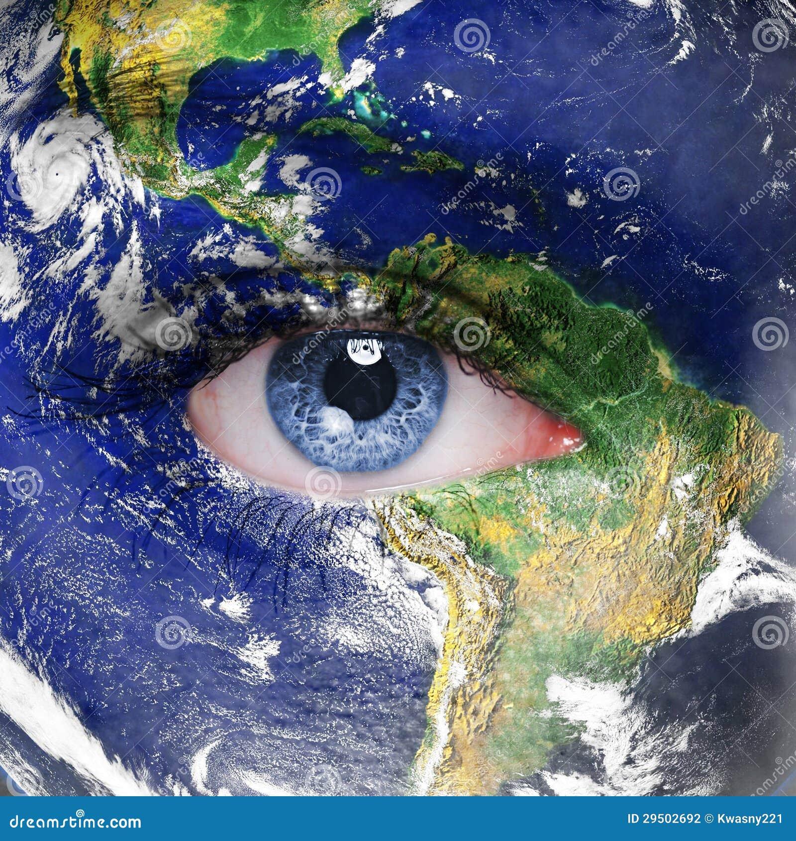 Aarde en blauw menselijk oog