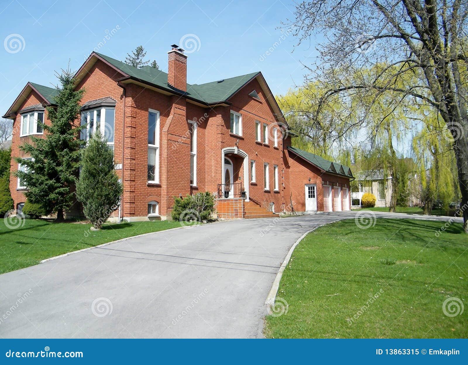 Aardige rode huis 2010 van Thornhill het zeer