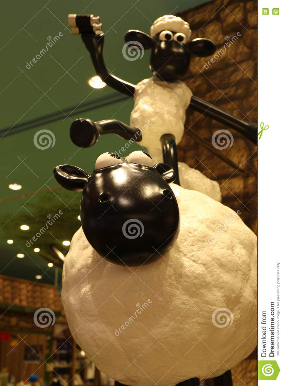 Aardmans Shaun The Sheep Characters On DisplayaEUREURat Expocity