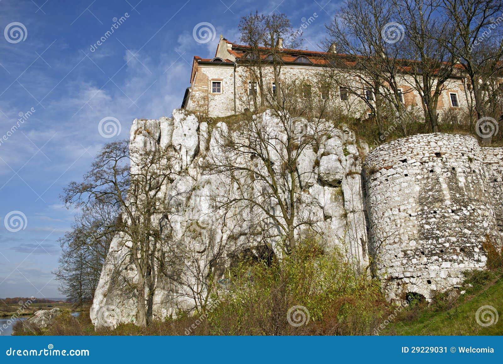 Download Abadia de Tyniec imagem de stock. Imagem de cristãos - 29229031