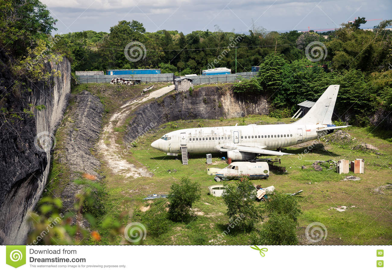 Abandoned Airplane Old Crashed Plane Wreck Danger Tourist - Where is bali located