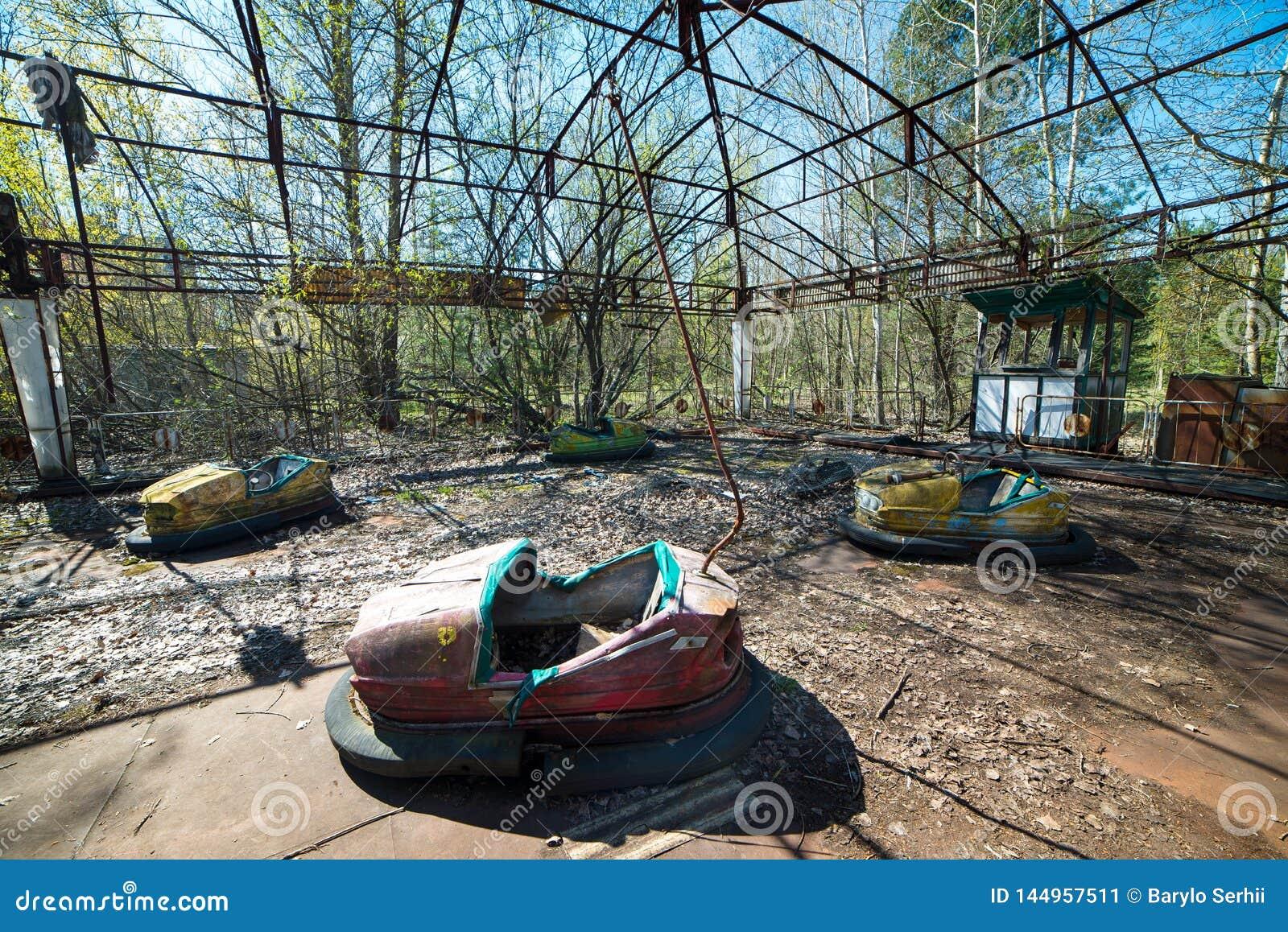 Abandoned Amusement Park In Pripyat Chernobyl Alienation Zone Stock Image Image Of Catastrophe Destruction 144957511