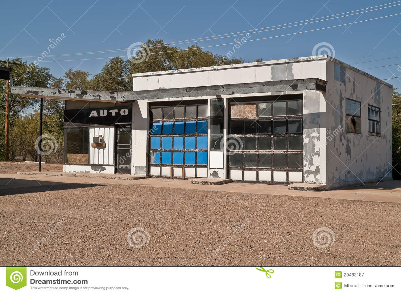 Abandoned Automotive Repair Shop Royalty Free Stock