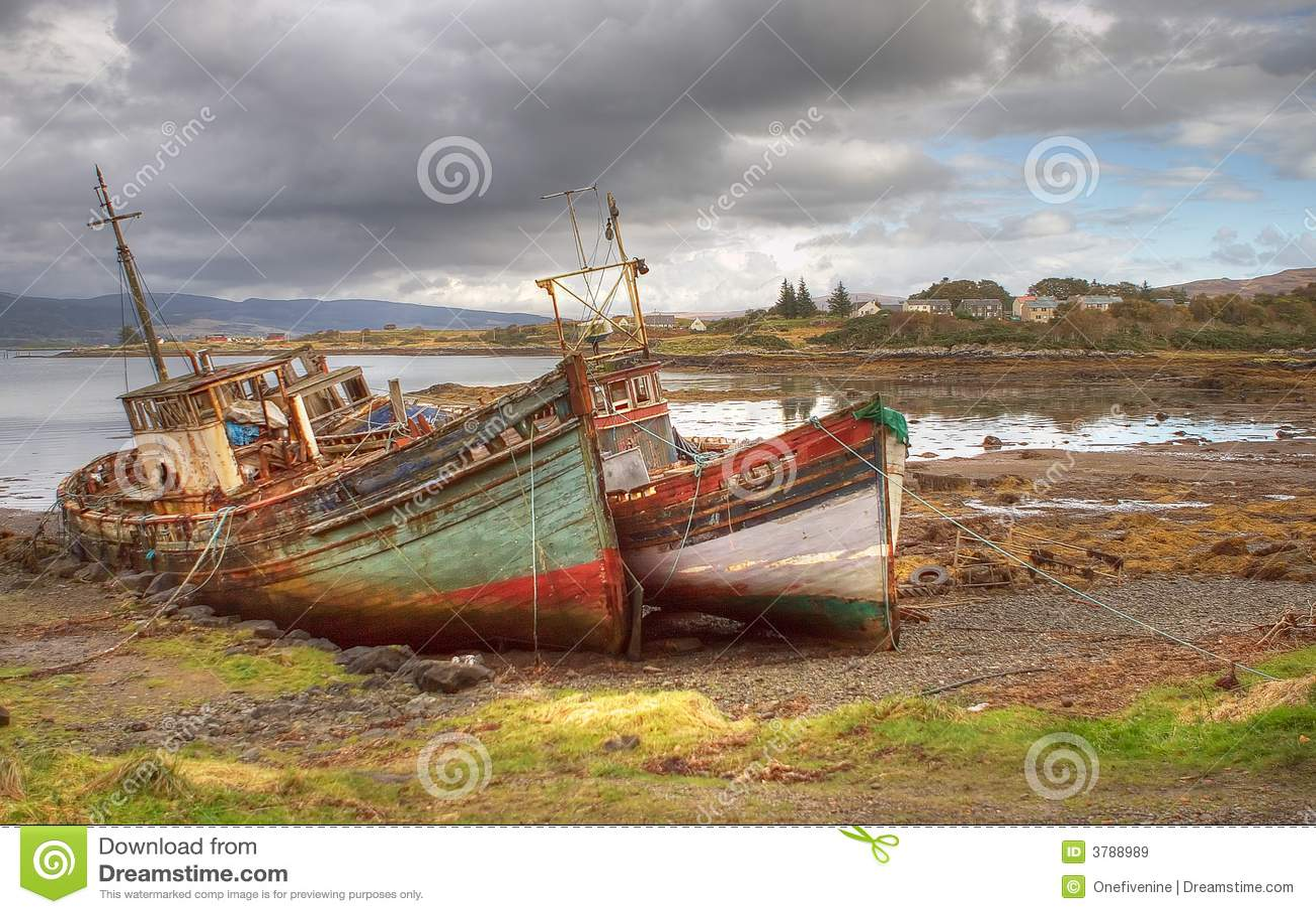 Abandoned Boats Mull