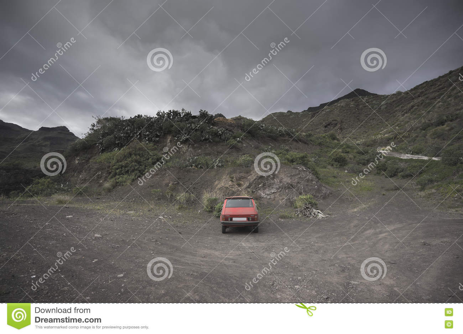 Abandoned Car i