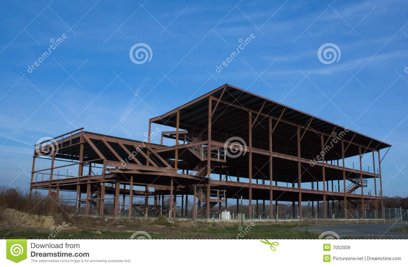 abandoned construction project In some countries quite a number of construction projects that are either not completed or out rightly abandoned this paper is an overview on abandoned construction projects, and the causes and effects due to the formidable situation relating to this issue.